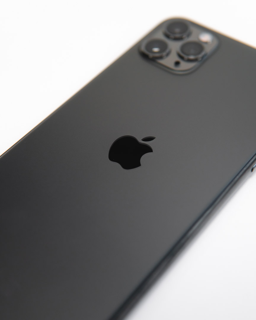 iPhone 11 Pro Max Rear in Black